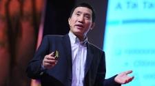 TED Talks Có Phải Dân Chủ Đã Kìm Hoãn Sự Phát Triển Kinh Tế - Yasheng Huang Kinh Doanh - Tài Chính