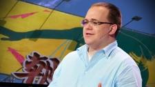 TED Talks Tại Sao Mạng Internet Hỗ Trợ Các Nhà Độc Tài - Evgeny Morozov Công Nghệ Thông Tin