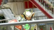 Siêu Nhân Biến Hình Giáo sư trở về Kamen Rider Gaim