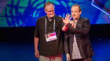 TED Talks Nghệ Thuật Của Sự Đánh Lạc Hướng - Apollo Robbins Nghệ Thuật - Biểu Diễn