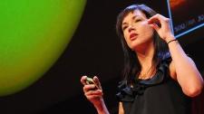 TED Talks Tìm Kiếm Những Hành Tinh Xung Quanh Các Vì Sao - Lucianne Walkowicz Vũ Trụ