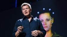 TED Talks Benjamin Button Thành Hình Như Thế Nào - Ed Ulbrich Nghệ Thuật - Biểu Diễn